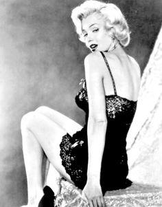 Marilyn by John Florea in 1953.