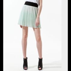 "HPZara Irregular Fine Pleated Short Skirt   Mint green accordion pleats.  Very pretty. Elastic waist. No stains, no smells ! Like New!! Send your offer !! 18"" length 12 1/2 waist, 22 width Zara Skirts Mini"
