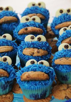 I'll be making these little cuties for Brian's first birthday!