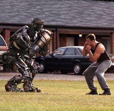 Real Steel In a futuristic take on Rocky, Hugh Jackman trains fighting robots Hugh Jackman, Zombies Vs, Super Movie, 2011 Movies, Fighting Robots, Real Steel, Cinema, Ex Machina, About Time Movie
