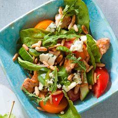 Persimon-kanasalaatti vegaaniseksi helposti vaihtamalla kana marinoituun tofuun!