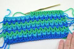 Crochet V-stitch. Http://dreamalittlebigger.com