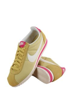 844892-316 Nike Celery/Sail-Vivid Pink-Sail Women Wmns Classic Cortez