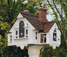 Birdhouse designed in the likeness of N. C. Wyeth's Studio. Constructed by Thomas F. Burke.