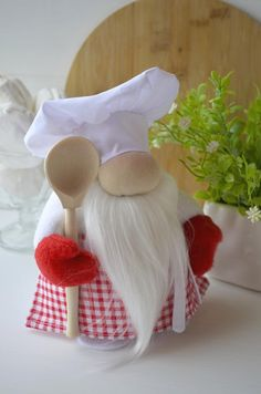 Kitchen gnome The kitchen gnome will perfectly decorate your kitchen. Please see other kitchen gnome: Craft Stick Crafts, Craft Gifts, Diy Crafts, Christmas Craft Fair, Holiday Crafts, Scandinavian Gnomes, Free To Use Images, Gifts For Cooks, Fairy Doors