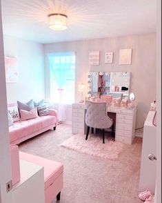 Bedroom Decor For Teen Girls, Cute Bedroom Ideas, Cute Room Decor, Girl Bedroom Designs, Room Ideas Bedroom, Teen Room Decor, Girl Bedrooms, Girly Bedroom Decor, Comfy Room Ideas