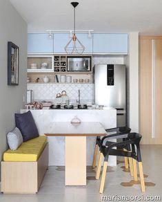 5 inspirações de sala de jantar com banco! Small Apartment Bedrooms, Small Apartment Interior, Small Apartment Kitchen, Small Apartments, Small Spaces, Small Apartment Design, Studio Apartments, Kitchen Small, Kitchen Room Design