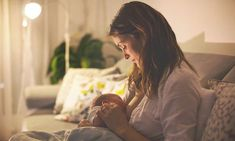 Learn about newborn and baby sleep habits. Find tips for improving newborn baby sleep habits and eliminating bad ones. When To Stop Breastfeeding, Stopping Breastfeeding, Breastfeeding Tips, Fenugreek Tea, Fenugreek Benefits, Lactation Consultant, Nursing Mother, Baby Shower Fun, Fun Baby