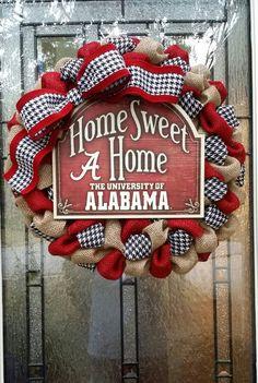Alabama burlap wreath, Roll tide!  Home Sweet Home Alabama, a perfect fall wreath!
