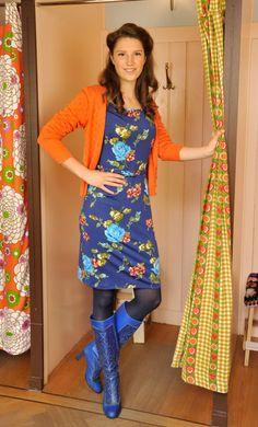Model wears the Tulip Dress Belt Petal with the Cardi Heart Ajour.