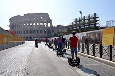 Rome Segway Tour, diretti verso il Colosseo #OnlyBeFrom Rome http://www.viaggiaescopri.it/rome-segway-tour-visitare-roma/