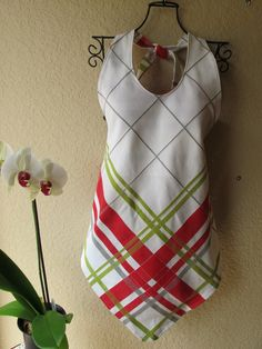 Women's Apron made from Retro Tablecloth by BeauMonde08 on Etsy, $40.00