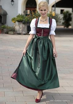Баварские костюмы, или Руководство к действию для мастериц / Интересненькое / Бэйбики. Куклы фото. Одежда для кукол