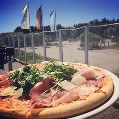 Mhmm, verschiedene Pizzen nach italienischer Art...Buon Appetito!