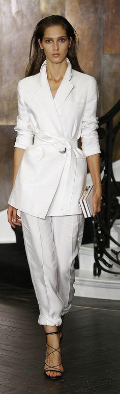Amanda Wakely ~ Spring White Pant Suit w Belted Tunic Jacket 2015