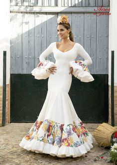 Spanish Style, Argentine Tango, Traditional Outfits, Ganesha, Beautiful Dresses, Indian, Salsa, Wedding Dresses, Mexico