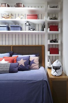 Boys bedrooms furniture can also be fun! Discover more ideas and inspirations with Circu Magical furniture. Home Bedroom, Kids Bedroom, Bedroom Decor, Bedroom Ideas, Single Apartment, Trendy Bedroom, Small Rooms, Room Set, Boy Room