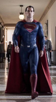 Henry Cavill as Superman in Dawn of Justice Más Henry Cavill Superman, Batman E Superman, Superman Movies, Superman Family, Superman Man Of Steel, Superman Cosplay, Spiderman, Hugh Wolverine, Actrices Sexy