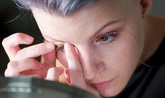 Ciglia finte LED: la moda di illuminare gli occhi! - https://www.beautydea.it/ciglia-finte-led-moda-illuminare-occhi/ - Il make up trend più pazzo del momento: arrivano le particolarissime ciglia finte con luci a led!