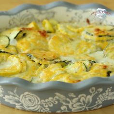 Zucchini and Squash Au Gratin Recipe Zucchini and squash au gratin is a quick and delicious casserole that will be a new side dish go-to. Perfect for holidays, summer dinners and a random Wednesday, this recipe is loved by all that try it! Side Dish Recipes, Gourmet Recipes, Vegetarian Recipes, Dinner Recipes, Cooking Recipes, Healthy Recipes, Seafood Recipes, Seafood Appetizers, Noodle Recipes
