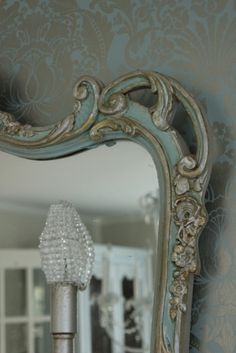 Maison Decor: The Glam Wall Accent Reveal! colors of mirror. French Mirror, Mirror Mirror, Pink Mirror, Mirror Glass, Mirror Ideas, Vintage Mirrors, Mirror Painting, Beautiful Mirrors, Decorative Accents
