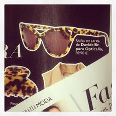 La revista #GRAZIA destacas estas #gafas de #davidelfin en exclusiva para Opticalia.