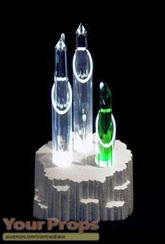 Fortress Of Solitude Model | Fortress of Solitude Console and Crystals other replicas movie props ...