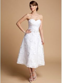 A-Line/Princess Sweetheart Tea-Length Organza Lace Wedding Dress With Ruffle Beading Flower(s) Sequins (002014714) - JJsHouse