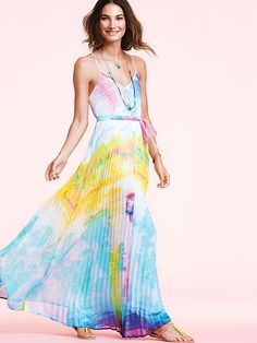 I have an obsession with color. I always wear bright clothes. Knife-pleat Maxi by #victoriassecret
