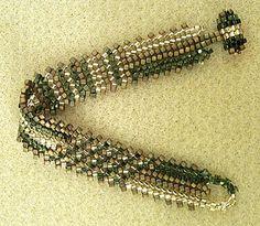 herringbone stitch beading | to start flat herringbone stitch; then, use your favorite one to bead ...