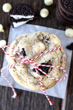 Oreo White Chocolate Pudding Cookies from www.twopeasandtheirpod.com #cookies #recipe