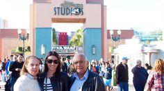 Hollywood Studios - Cristiane Avellar: Vitrines pelo Mundo