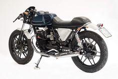 Italian passion! Moto Guzzi V65 SP #CafeRacer 1980 ''Zaffiro'' by Officine Rossopuro. Esta #MotoGuzzi ha revivido de un estado de abandono y ahora luce un nuevo diseño ¿Te gusta? www.caferacerpasion.com