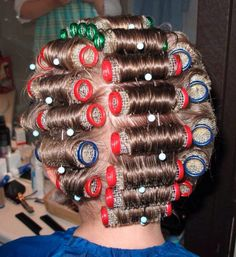 Elke vrijdag de haarkrullers in het haar van mijn moeder
