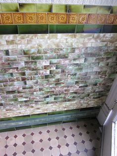 It's been a long time since I spotted a seriously sweet vestibule.  And all that time a friend of mine had this amazing one in Bloomingdale.  If anyone else has a cool vestibule they'd be willing to share – please send an email to princ