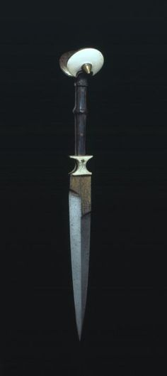 Ear Dagger - Museo Lázaro Galdiano Foundation possibly of Venetian origin