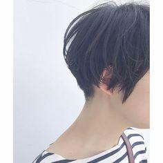 "30 Likes, 2 Comments - Chihiro kawanishi (@chiii_tif) on Instagram: ""*刈り上げさっぱりショート✁✄ ・ @tif.hair #hair #hairstyle #haircolor #color #刈り上げショート#shortcut#ヘア #ヘアスタイル…"""