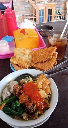 Food N, Food And Drink, Snap Food, Aesthetic Food, Food Cravings, Vespa, I Foods, Cornbread, Gemini