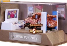 Martin Car, Disney Pixar Cars, Diecast, Planes, 1, Comic, Gift Wrapping, Cars, Airplanes