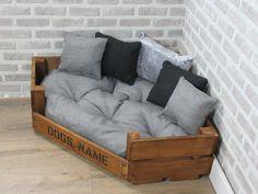 Dog Bed Frame, Wood Dog Bed, Pallet Dog Beds, Diy Dog Bed, Diy Bed, Large Dog Bed Diy, Rustic Dog Beds, Cute Dog Beds, Large Breed Dog Beds