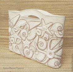 Декорируем пляжную сумку вязаными ракушками и морскими звёздами. Мастер класс