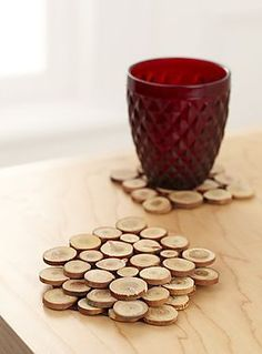 mini wood slices coasters backed with felt so they dont scratch and sealed to protect the discs definite matt project - Wood Design Cork Crafts, Wooden Crafts, Diy And Crafts, Woodworking Furniture, Woodworking Projects, Woodworking Nightstand, Woodworking Patterns, Wood Slice Crafts, Diy Coasters