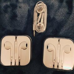 4 pairs left of brand new, Unused, Authentic Apple earphones. Apple Earphones, Of Brand, Plugs, Safari, Campaign, Headphones, Android, Product Description, Content
