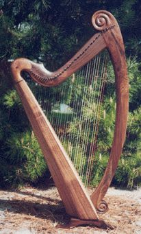 Mountain Glen Harps - One of a Kind Custom Designed and Sculpted Celtic Harps. This is beautiful
