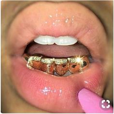 The GLD Shop is Your One Stop to Buy Gold Jewelry, Pendants, Cuban Chains and Streetwear Apparel. All Jewelry Products Come With a Lifetime Guarantee, and are Handcrafted with Authentic Gold. Girls With Grills, Girl Grillz, Gold Slugs, Diamond Grillz, Diamond Teeth, Grills Teeth, Mouth Grills, Tooth Gem, Gold Grill