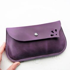 Leather Fairytale clutch Purse Bag DODIE 2836 by Fairysteps Handmade Leather Wallet, Leather Pouch, Leather Crossbody Bag, Wooden Bag, Leather Art, Wallets For Women Leather, Leather Flowers, Leather Accessories, Small Bags