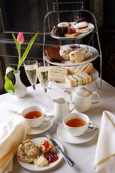 Classic afternoon tea served at the Blenheim Palace in the UK Downton High Tea @chatterworks <3 <3 <3