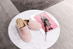 이토록 귀여운 핑크빛 블로퍼! 갤러리아명품관 WEST 3층 로브로브(LOVLOV) 팝업에서 만나보세요.
