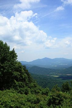 Blue Ridge Mountains of Virginia. Follow the Pin to my Website!