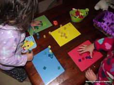 easy frugal fun to introduce younger children to colour recognition and matching concepts! Montessori Toddler, Montessori Activities, Toddler Learning, Toddler Fun, Craft Activities For Kids, Toddler Preschool, Toddler Activities, Teaching Kids, Play Based Learning